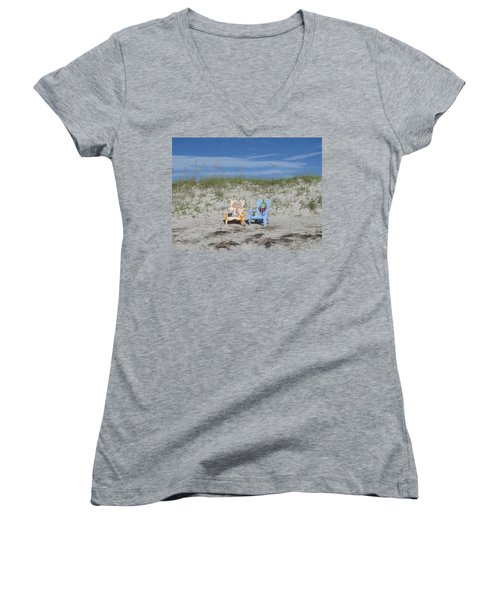 Painted Beach Chairs Women's V-Neck T-Shirt (Junior Cut)