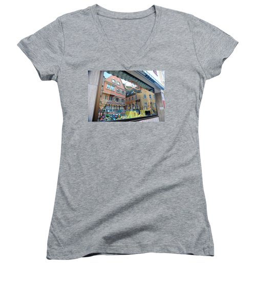 Past And Present Women's V-Neck T-Shirt
