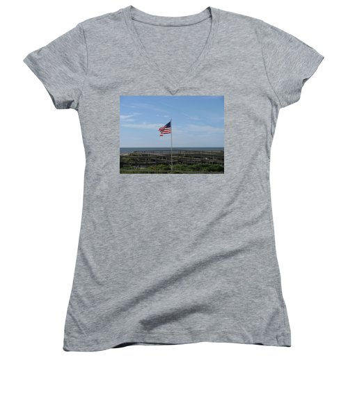 Patriotic Beach View Women's V-Neck T-Shirt (Junior Cut)