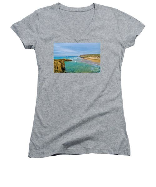 Perranporth Beach Women's V-Neck T-Shirt