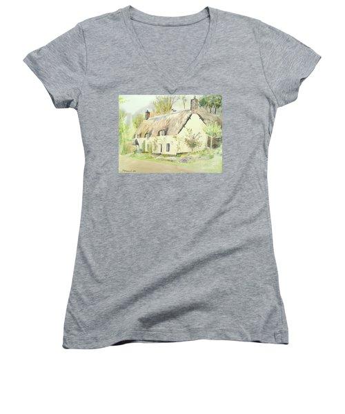 Picturesque Dunster Cottage Women's V-Neck T-Shirt