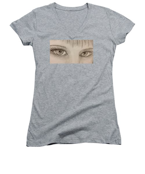 Piercing Eyes Women's V-Neck T-Shirt
