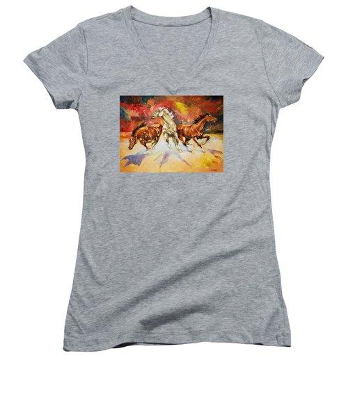 Plains Thunder Women's V-Neck T-Shirt