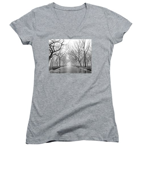 New York City - Poets Walk Central Park Women's V-Neck