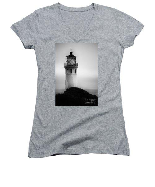 Pointe Vincente Lighthouse Women's V-Neck
