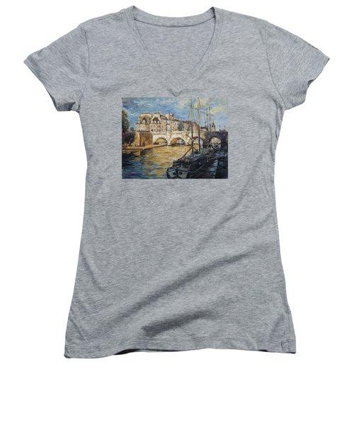 Pont Neuf Paris Women's V-Neck T-Shirt