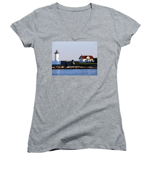 Portsmouth Harbor Light Women's V-Neck T-Shirt