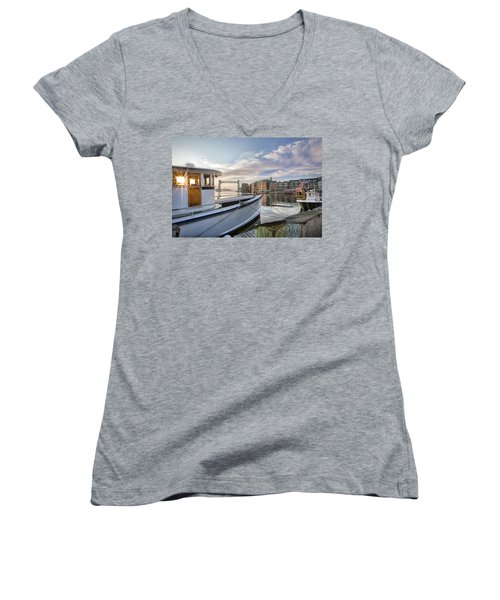 Portsmouth Harbor Sunrise Women's V-Neck T-Shirt