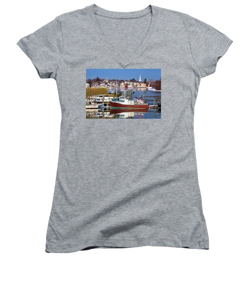 Portsmouth Lobster Boat Women's V-Neck T-Shirt