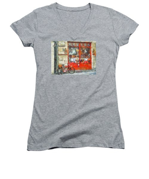 Postcard Perfect Women's V-Neck (Athletic Fit)