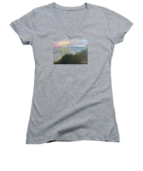 Rays Of Light At Burliegh Heads Women's V-Neck T-Shirt