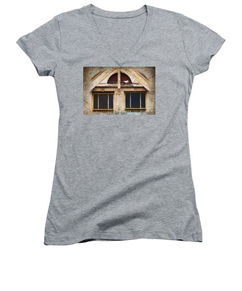 Women's V-Neck T-Shirt (Junior Cut) featuring the photograph Ready To Nest by Cynthia Lagoudakis