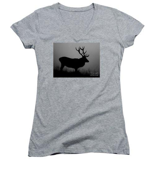 Wildlife Red Deer Stag Silhouette Women's V-Neck T-Shirt