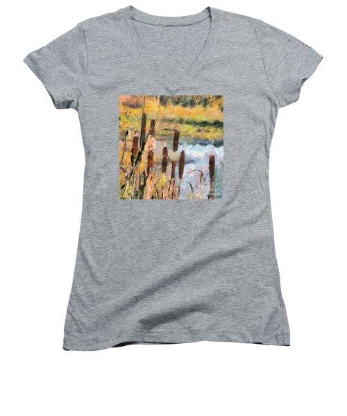 Reedmace Women's V-Neck T-Shirt