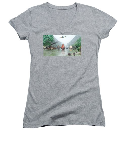 Refugees On The Yangtze Women's V-Neck T-Shirt