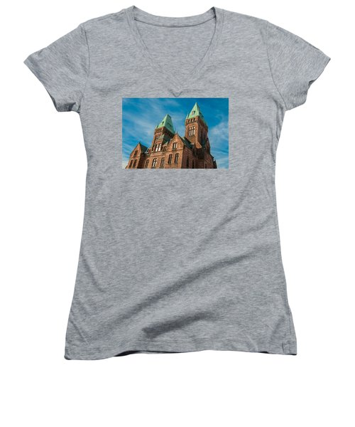 Richardson Complex 3d21972 Women's V-Neck