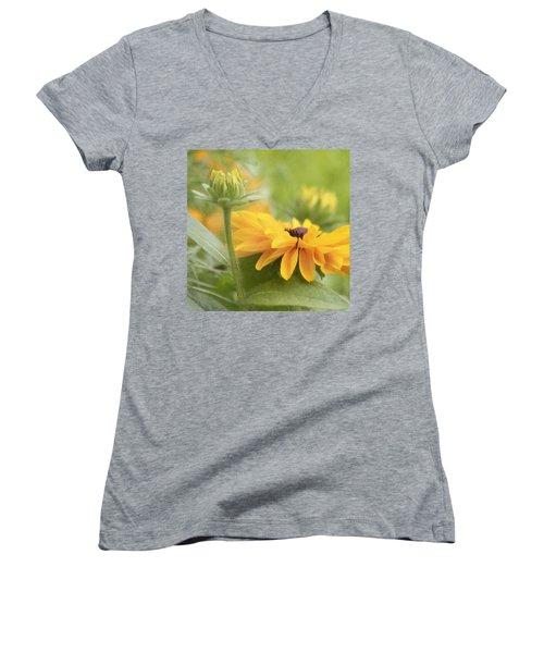 Rudbeckia Flower Women's V-Neck