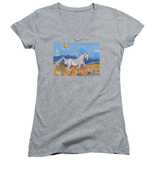 Running Horse M Women's V-Neck T-Shirt
