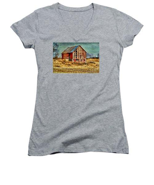 Rural Rustic Vermont Scene Women's V-Neck T-Shirt