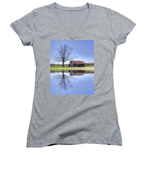 Rustic Barn Women's V-Neck T-Shirt