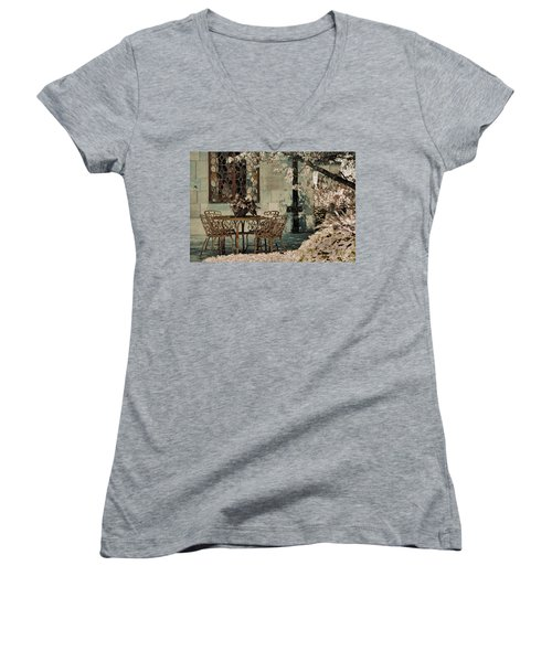 Secret Garden Women's V-Neck