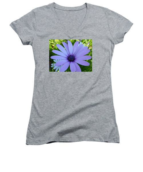 Single Women's V-Neck