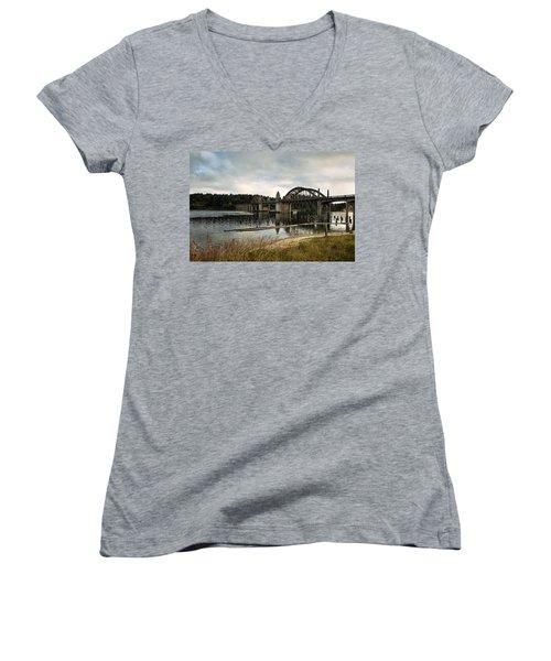 Siuslaw River Bridge Women's V-Neck T-Shirt