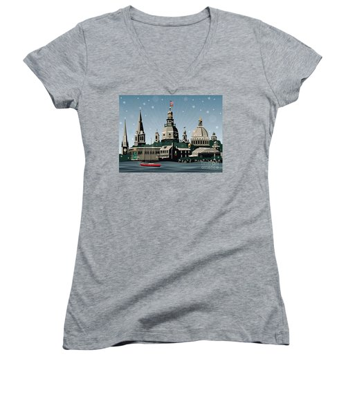 Snowy Annapolis Holiday Women's V-Neck T-Shirt