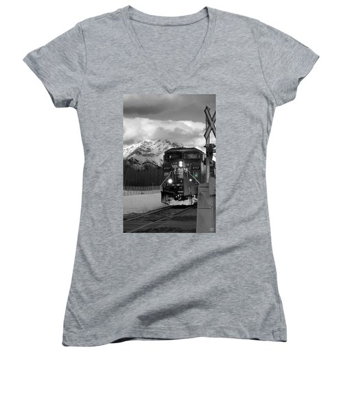 Snowy Engine Through The Rockies Women's V-Neck T-Shirt