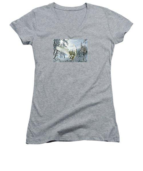 Snowy Owl Women's V-Neck T-Shirt