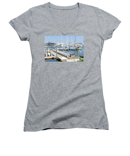 Women's V-Neck T-Shirt featuring the photograph Spa At 6th Street by Charles Kraus