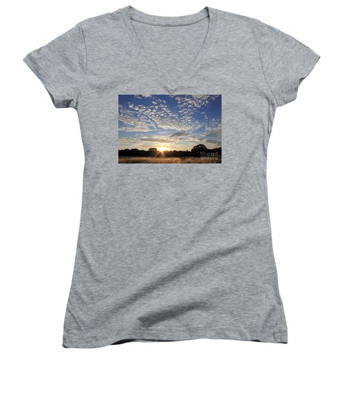 Spectacular Sunset England Women's V-Neck (Athletic Fit)