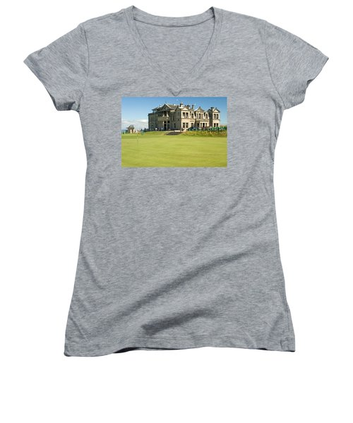 St Andrews Final Green And Clubhouse  Women's V-Neck T-Shirt (Junior Cut) by Jeremy Voisey