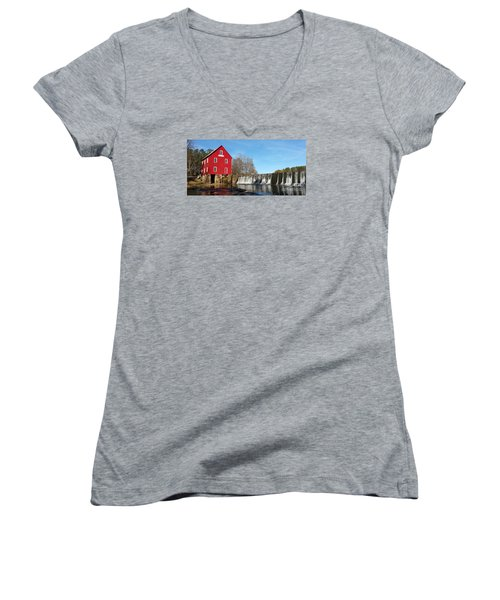 Women's V-Neck T-Shirt (Junior Cut) featuring the photograph Starr's Mill In Senioa Georgia by Donna Brown