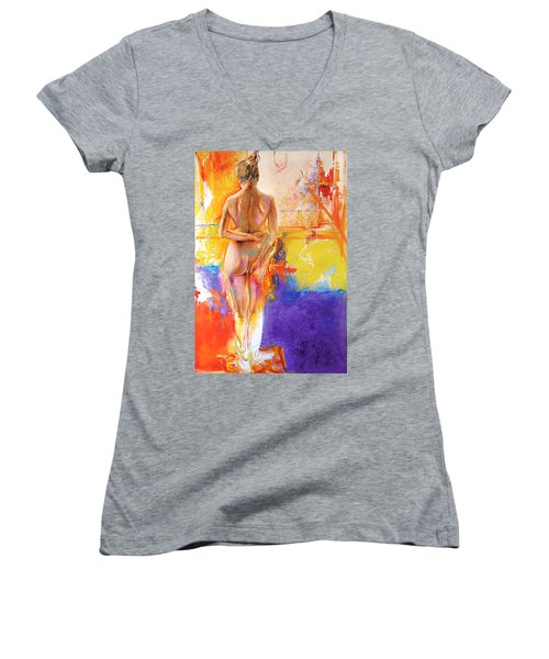 Studio Women's V-Neck (Athletic Fit)