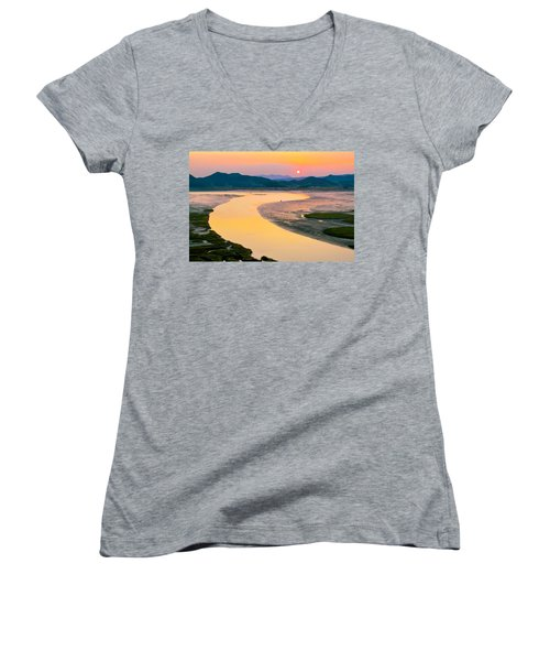 Suncheon Bay Sunset Women's V-Neck (Athletic Fit)