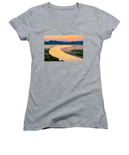 Suncheon Bay Sunset Women's V-Neck T-Shirt