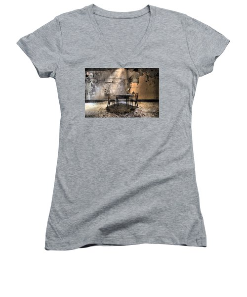 Table 4 Two Women's V-Neck