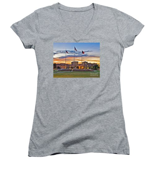 Women's V-Neck featuring the photograph Memorial Circle At Sunset by Mae Wertz