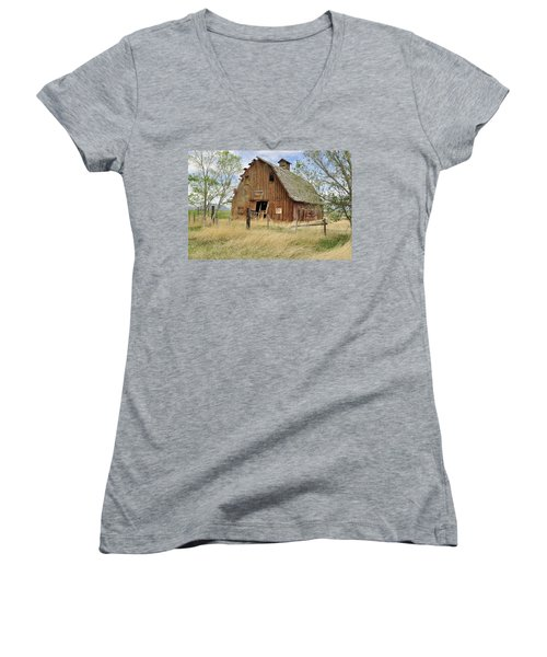 Women's V-Neck T-Shirt (Junior Cut) featuring the photograph the Barn  by Fran Riley