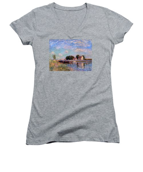 The Canal At Saint-mammes Women's V-Neck T-Shirt (Junior Cut) by Alfred Sisley