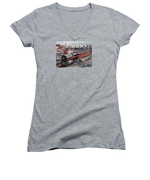 The Powhatan Arrow Roars Through The Yards Into Portmouth Women's V-Neck T-Shirt (Junior Cut) by Frank Hunter