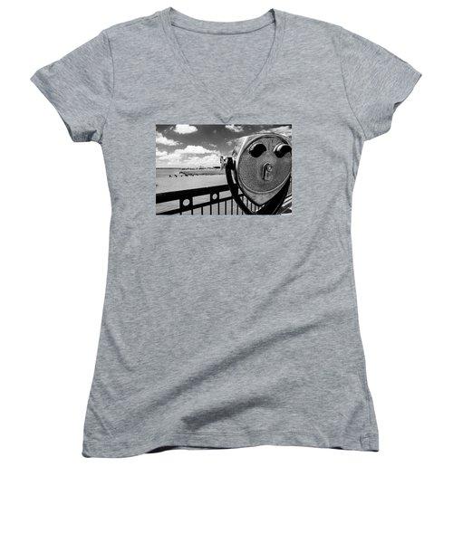Women's V-Neck T-Shirt (Junior Cut) featuring the photograph The Viewer by Sennie Pierson
