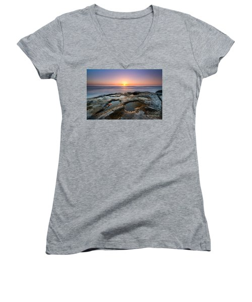 Tide Pool Sunset Women's V-Neck T-Shirt (Junior Cut)