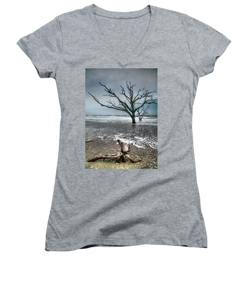 Trees In Surf Women's V-Neck T-Shirt