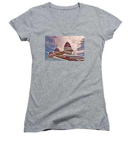 TWA Women's V-Neck T-Shirt