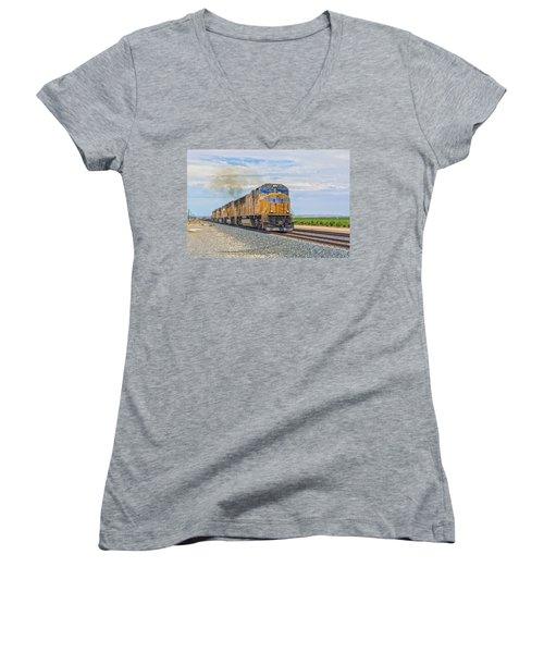 Women's V-Neck featuring the photograph Up4421 by Jim Thompson