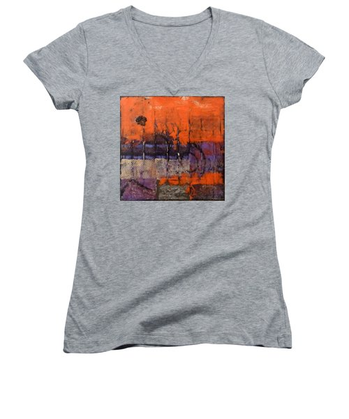 Urban Rust Women's V-Neck T-Shirt