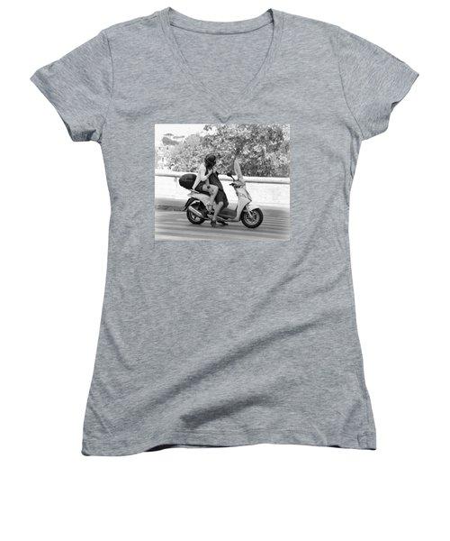 Vespa Romance Women's V-Neck T-Shirt (Junior Cut) by Valentino Visentini