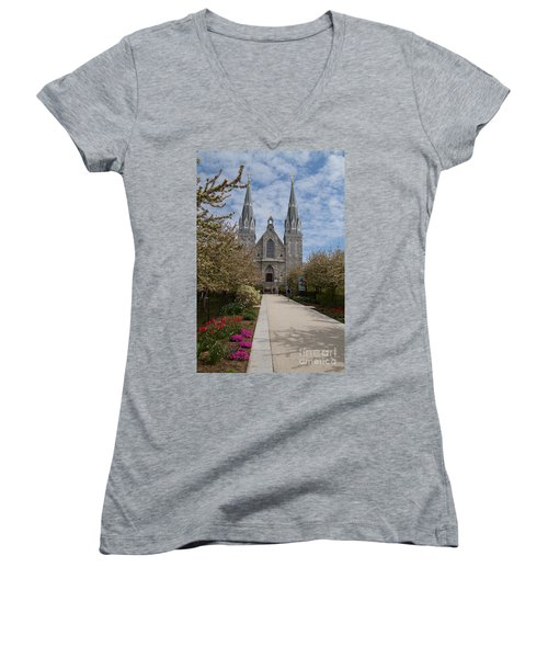 Villanova University Main Chapel  Women's V-Neck T-Shirt